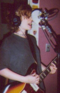 Sara Bell - Regina Hexaphone - WXDU - Sept. 19, 1999
